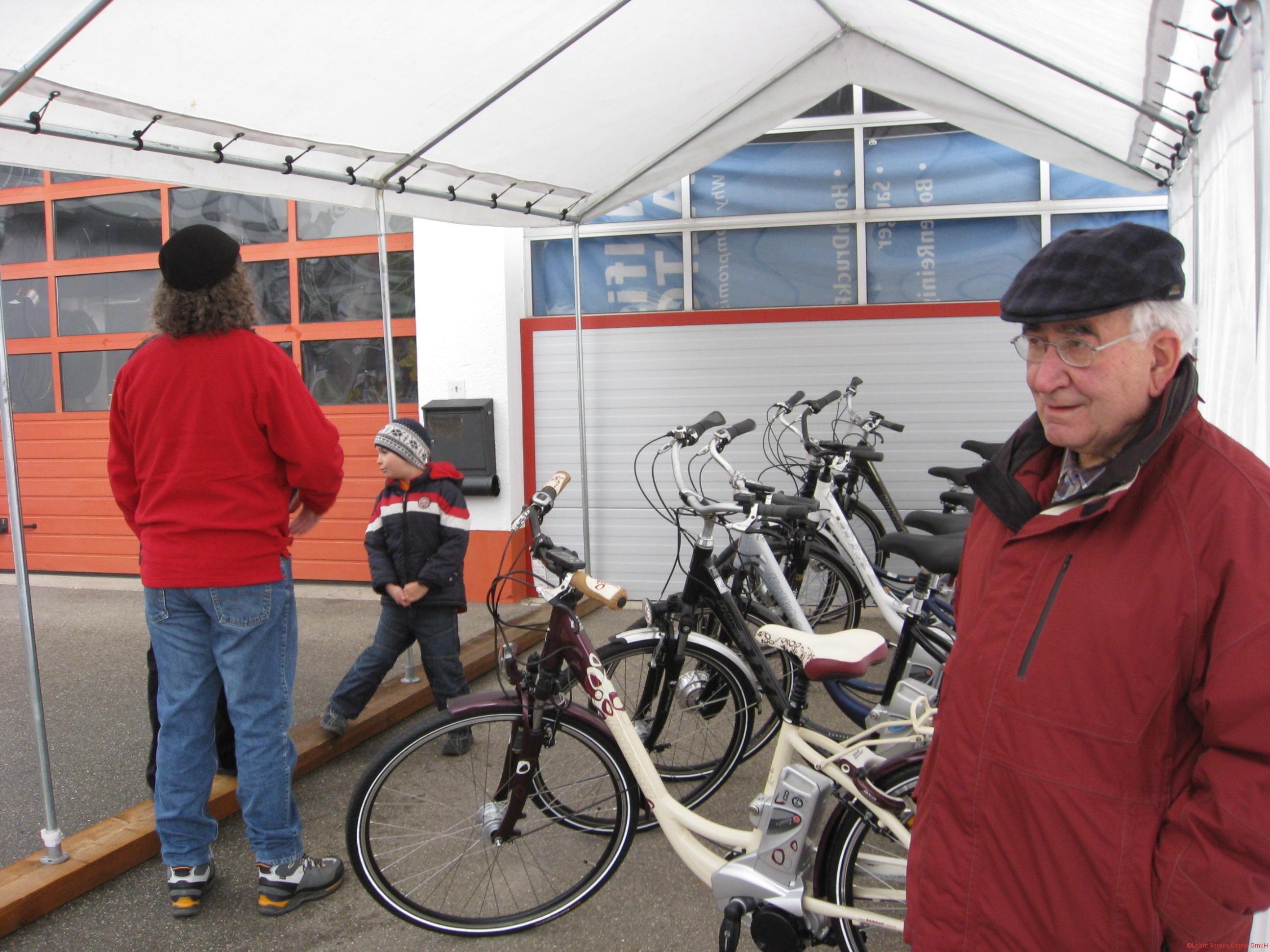 Fahrrad-Sonderschau 2011-03-19 16-15-12